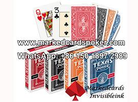 Dal Negro Monkey jugando a las cartas