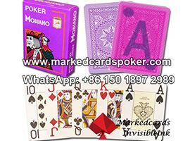 Modiano Cristallo marco jugando a las cartas