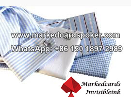 Puno con tarjetas de poker intercambiador de dispositivos